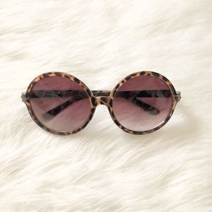 Accessories - Brown Circle Tortoise Shell Sunglasses